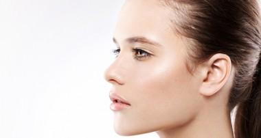 مراقبت تخصصی از پوست چرب